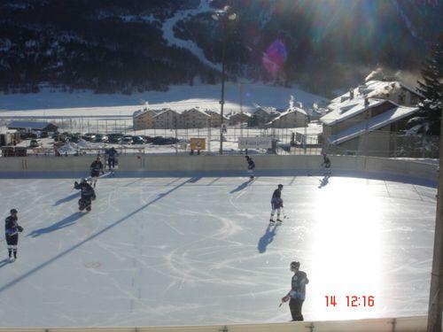 Zuoz hockey rink